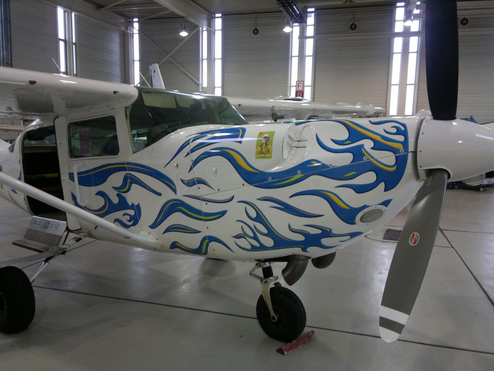 Teilfolierung-Hildesheim-Guese-Flugzeug